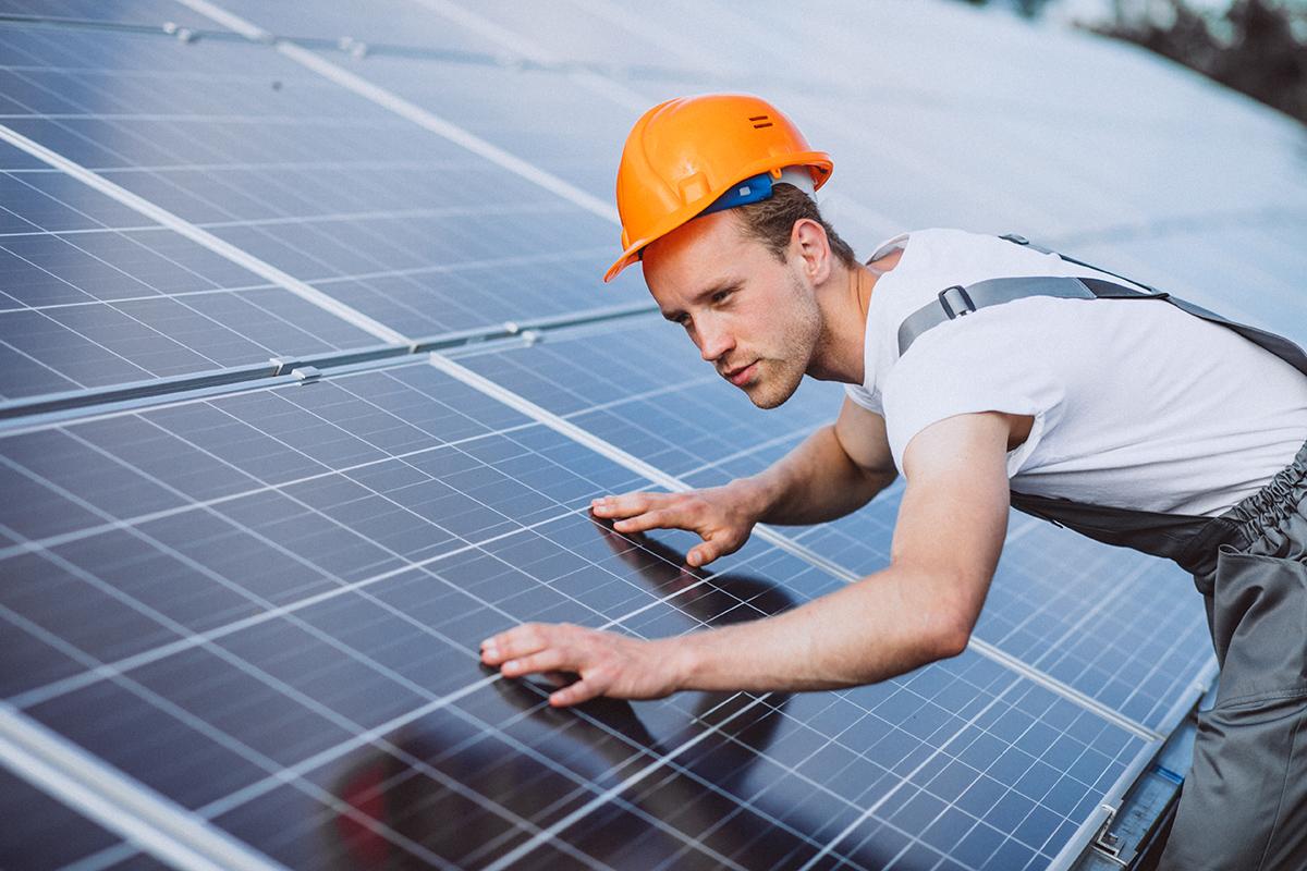 Technik urządzeń i systemów energetyki odnawialnej szkoła policealna kielce PRO Civitas